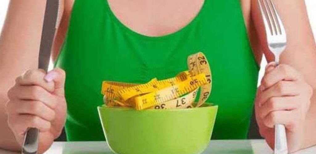 طرق التخلص من الوزن الزائد بعد العيد | فيديو