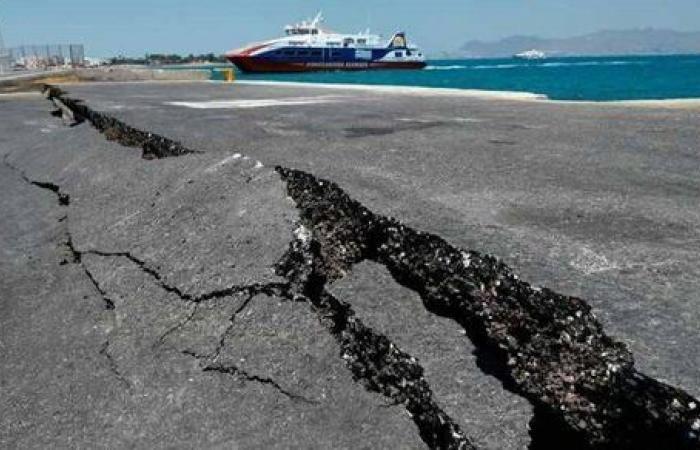 زلزال 4.8 ريختر يضرب جزيرة ليسبوس في اليونان
