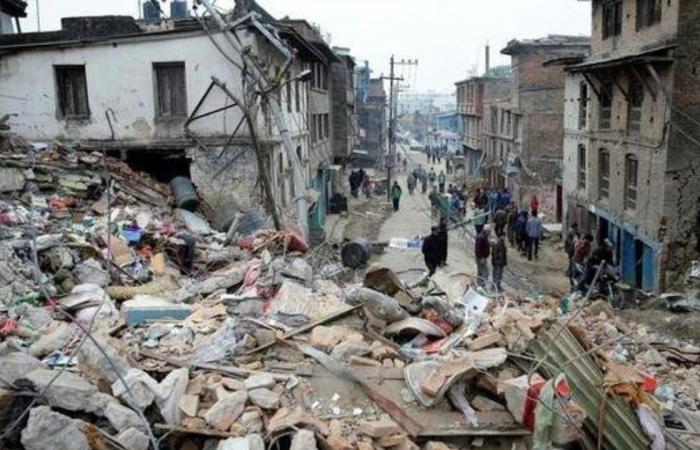 زلزال بقوة 5.1 درجة يضرب ولاية إزمير التركية