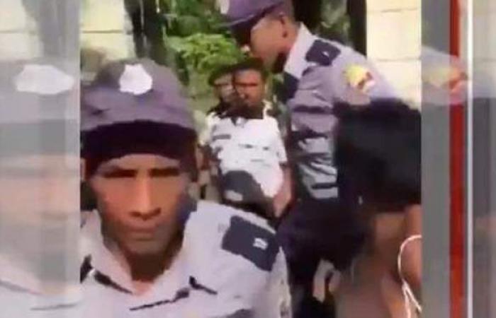 لحظة اقتحام الشرطة الكوبية منزل دبلوماسي كويتي.. والخارجية ترد   فيديو