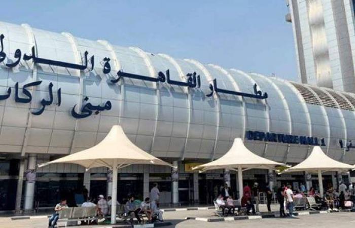 مطار القاهرة يختتم سفر بعثات كأس العالم لليد بمغادرة منتخبي فرنسا والدنمارك