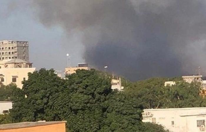 ارتفاع ضحايا الهجوم على فندق بالعاصمة الصومالية إلى 9 قتلى