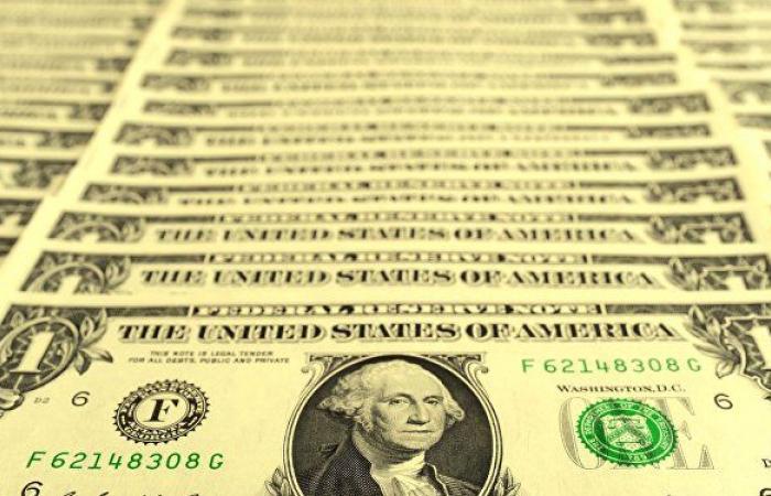 تقرير...العقوبات الأمريكية يمكن أن تضر بالدولار