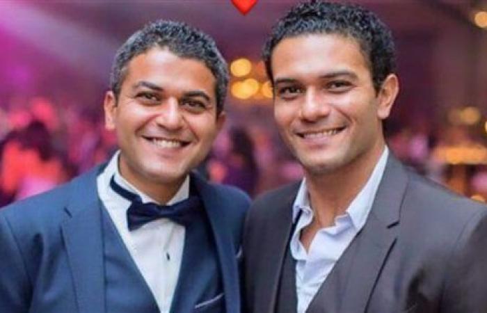 شاهد.. الشبه الكبير بين آسر ياسين و شقيقه يثير إعجاب الجمهور