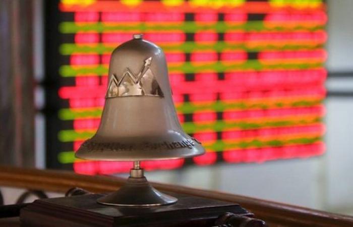 البورصة تتكبد خسائر بـ 54 مليار جنيه .. ومؤشرها الرئيسي يهبط 8.3% خلال شهر مارس
