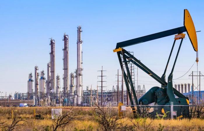 الأربعاء.. تراجع حاد لأسعار النفط في التعاملات الأمريكية