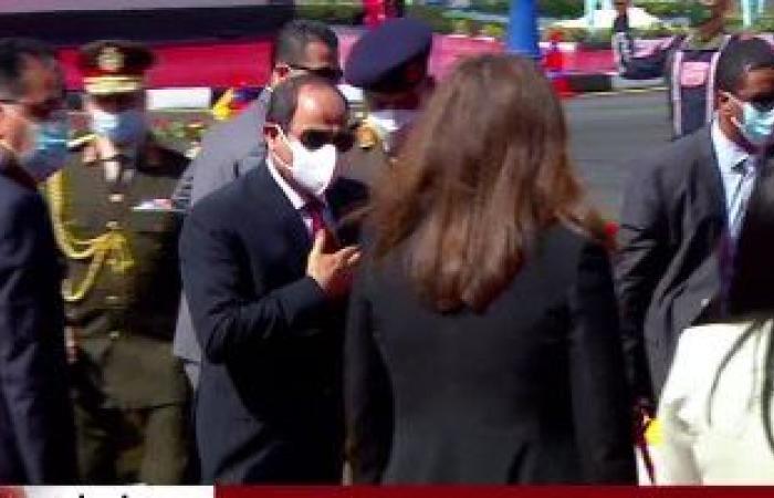 لحظة وصول الرئيس السيسى مقر افتتاح مدينة الدواء فى منطقة الخانكة