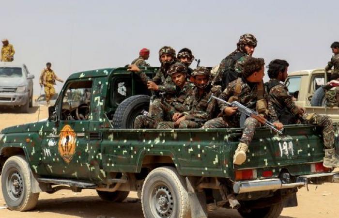 """""""أنصار الله"""" تحقق تقدما مكلفا في معارك مع الجيش اليمني شمالي مأرب"""