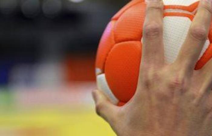 صالة حسن مصطفى تستضيف قمة الأهلى والزمالك بدورى المحترفين لكرة اليد 16 أبريل