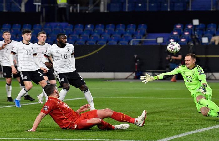 تصفيات كأس العالم.. مقدونيا تباغت ألمانيا وتسقطها بثنائية في برلين
