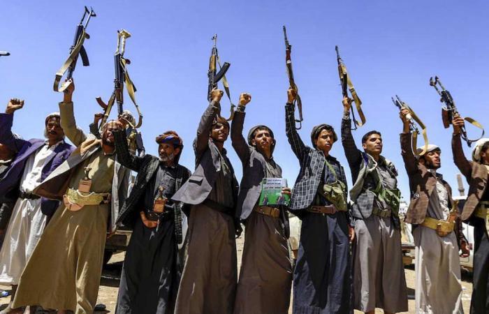 منظمتان يمنيتان توجهان نداءً عاجلًا لإنقاذ حياة محتجزين في سجون الحوثي