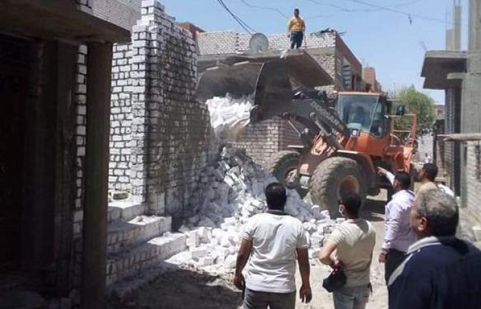 رفع 60 طن قمامة ومخلفات للحد من انتشار كورونا بالمنيا