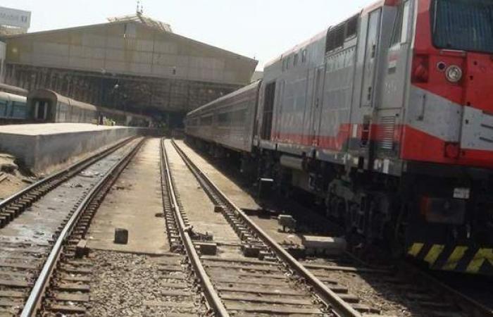 السكك الحديدية تعتذر للركاب عن تأخيرات القطارات