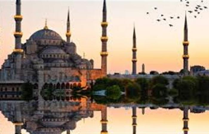 تراجع إيرادات السياحة في تركيا 40.2%