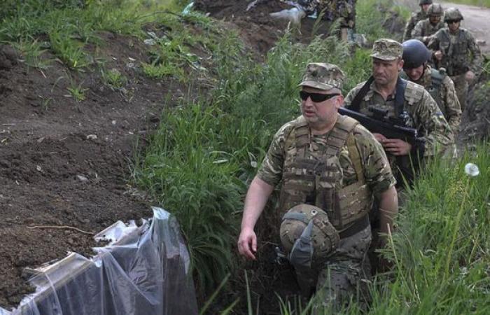 """رئيس جمهورية دونيتسك الشعبية يؤكد أن الوضع في """"دونباس"""" غير هادئ والتصعيد في تزايد"""