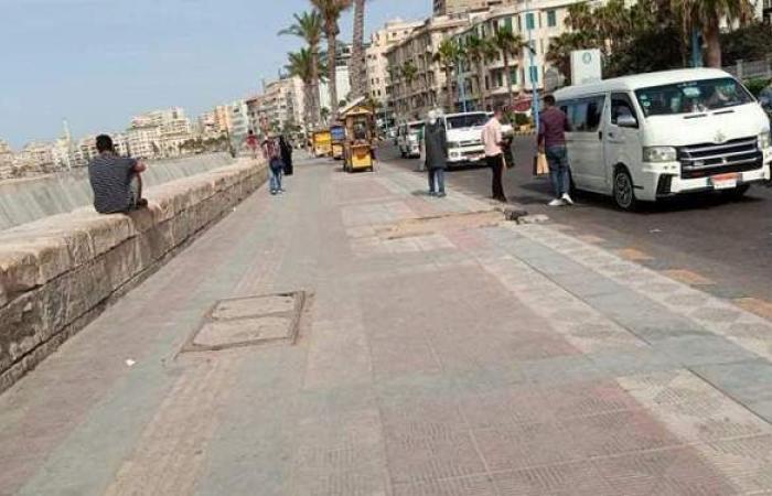 عودة المواطنين للتنزه على كورنيش الإسكندرية | صور