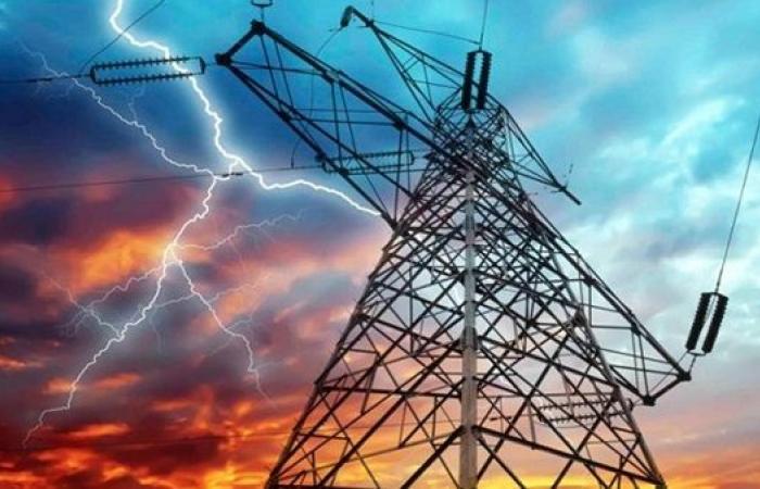 300 مليون جنيه لتطوير شبكات توزيع الكهرباء بمحافظة البحر الأحمر