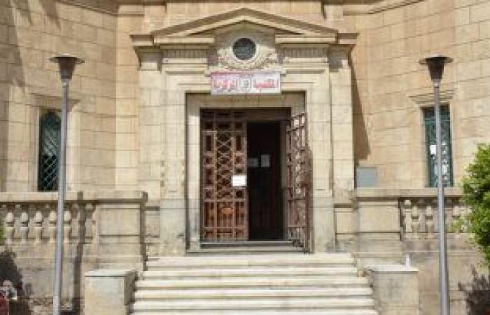 جامعة القاهرة تعلن قرب الانتهاء من إعادة ترميم وتأهيل المكتبة التراثية