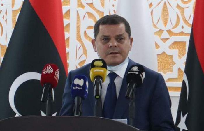رئيس الحكومة الليبية يجري مباحثات دبلوماسية وعسكرية في فرنسا