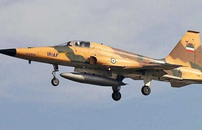 مصرع طيارين حربيين إيرانيين إثر سقوط طائرتهما جراء عطل تقني