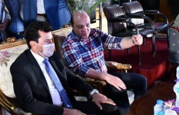 وزير الرياضة يشهد بروفة افتتاح بطولة كأس العالم للجمباز بصالة استاد القاهرة