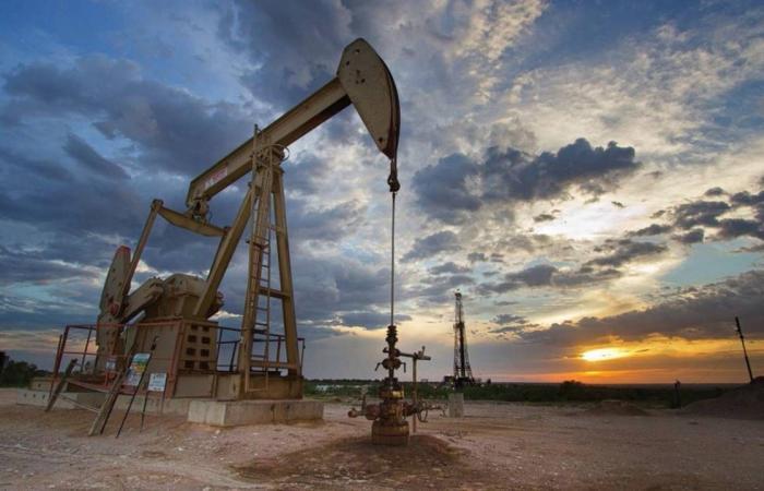 نوفاك: هناك مخاطر ضبابية كثيفة في سوق النفط
