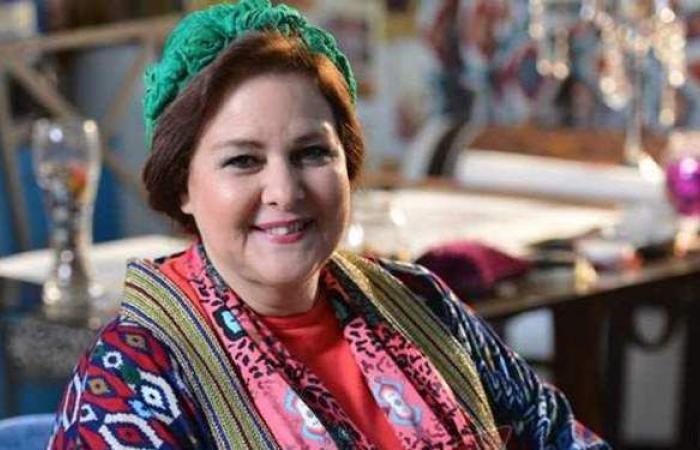 تعرف على تفاصيل الحالة الصحية للفنانة دلال عبدالعزيز