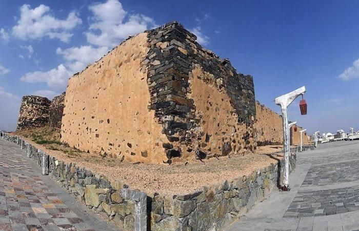 قلعة شمسان.. وجهة سياحية تروي سيرة 100 عام من تاريخ أبها