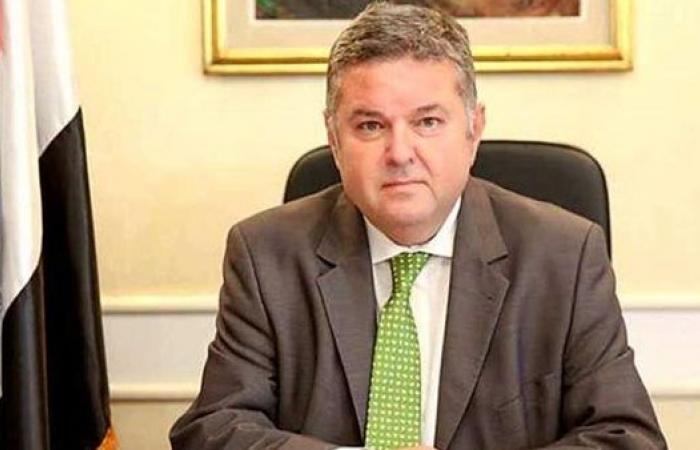 بالفيديو.. وزير قطاع الأعمال يكشف تفاصيل زيارته لشركة النصر للسيارات