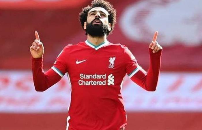 ليفربول يحتفل بفوز محمد صلاح بجائزة أفضل لاعب