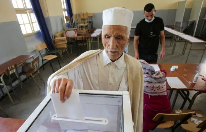 الجزائر.. نسبة المشاركة في الانتخابات البرلمانية أكثر من 30 بالمئة