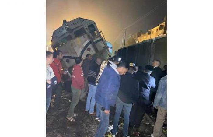 """السكك الحديدية تتهم قائد الـ """"ربع نقل"""" بالتسبب فى حادث قنا"""