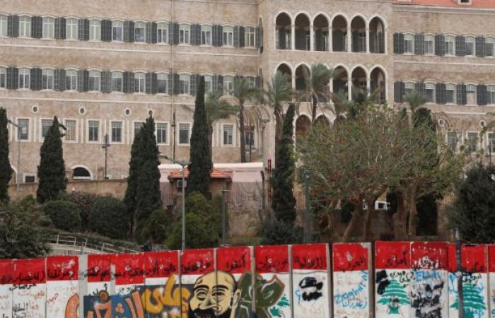 مسؤول أمريكي يحذر من انهيار وشيك للبنان