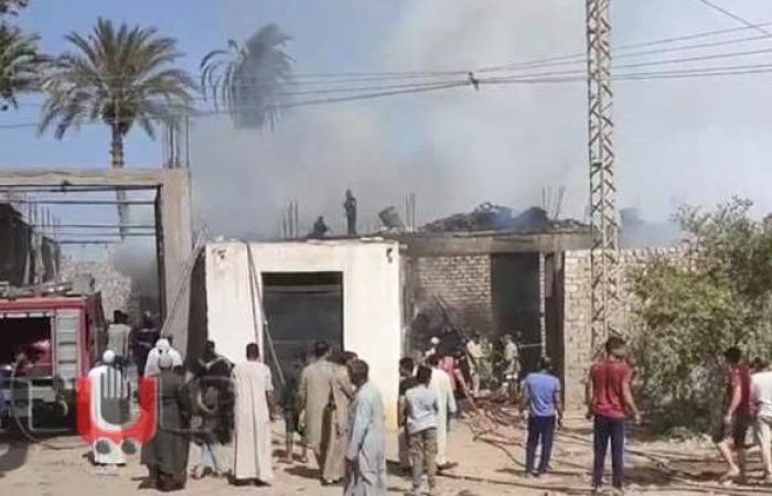 السيطرة على حريق بمخزن قطن في الواسطى ببني سويف | فيديو