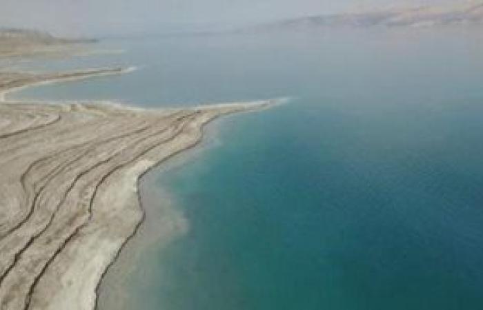 العثور على معدن غامض لم يسبق له مثيل إلا فى النيازك قرب البحر الميت