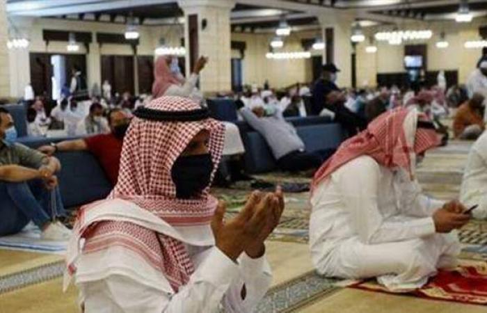 السعودية تقترب من تسجيل نصف مليون إصابة بكورونا