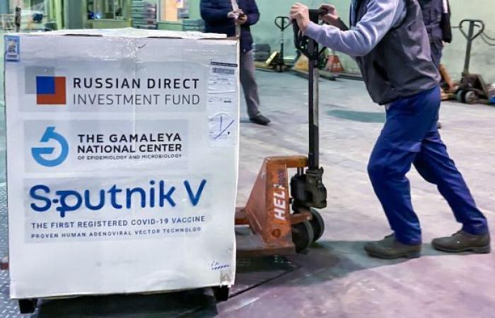 """روسيا: وصول شحنة من لقاح """"سبوتنيك V"""" إلى لبنان بمباركة البطريرك كيريل"""