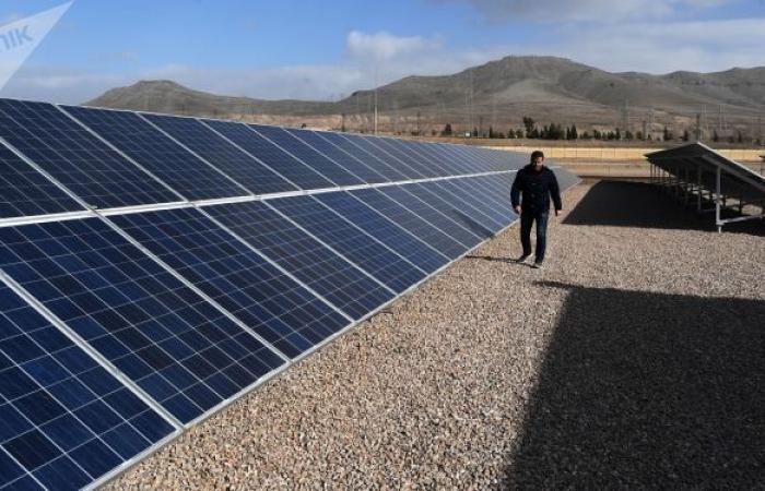 مستقبل سوريا... البدء ببناء محطة كهرضوئية لتوفير الطاقة بالمنطقة الصناعية في حلب... فيديو