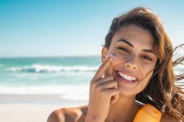 دراسة: واقيات الشمس التى تحتوى على أكسيد الزنك سامة وتفقد فاعليتها بعد ساعتين