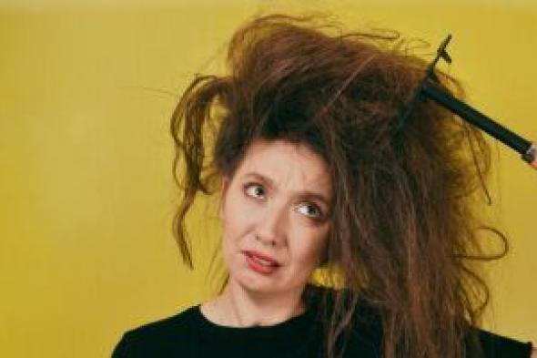 7 نصائح للحد من جفاف الشعر.. أبرزها تناول الفيتامينات